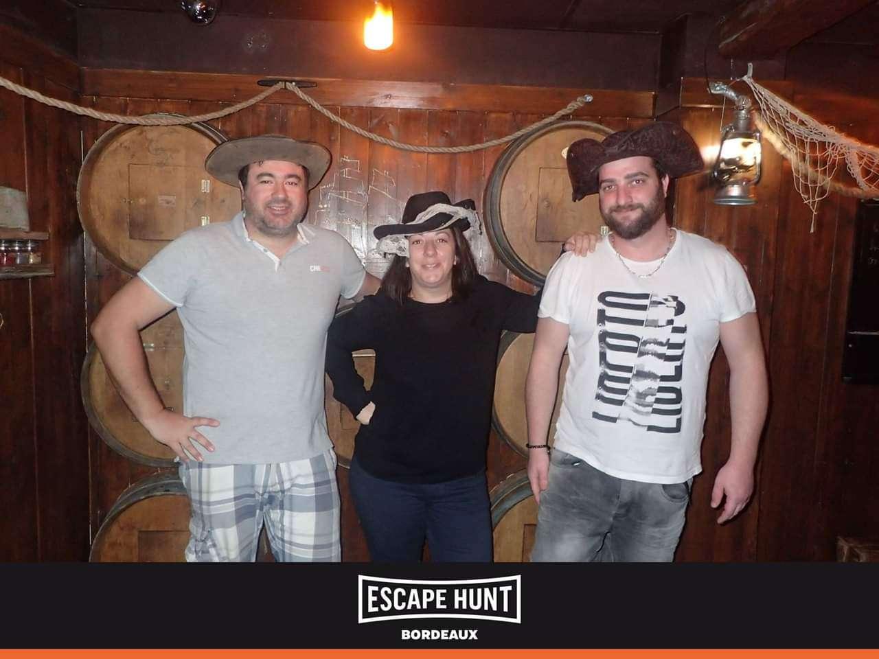 Meutre-au-port-de-la-Lune-Escape-Hunt-Bordeaux